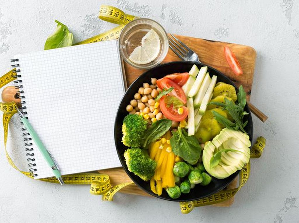 Jam Makan Diet agar Berat Badan Turun Secara Efektif