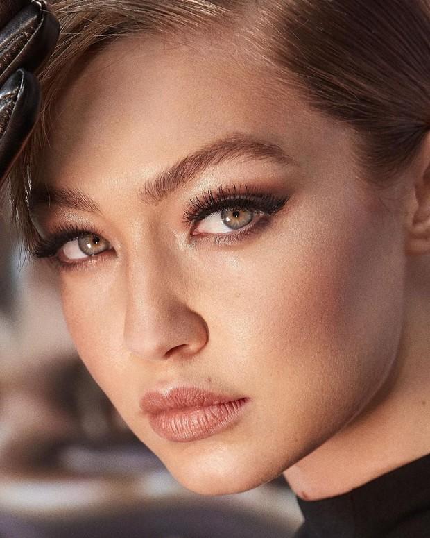 Gigi Hadid memberi tahu teknik makeup-nya/instagram.com/gigihadid
