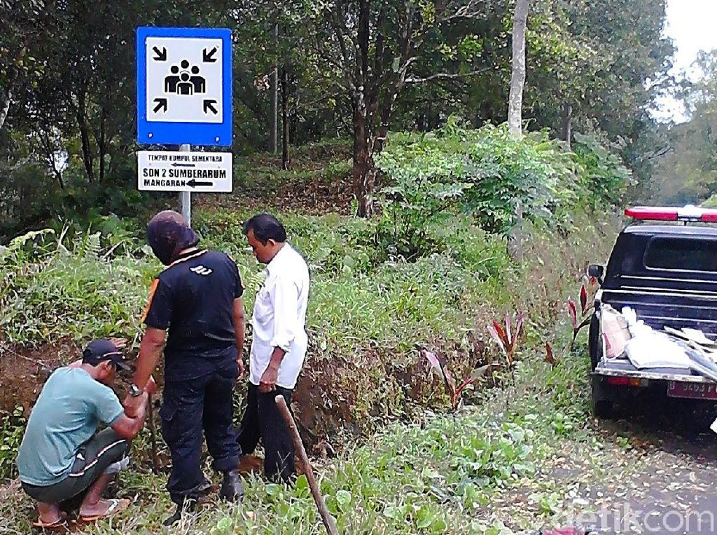Banyuwangi Pastikan Jalur Evakuasi Gunung Raung Telah Siap