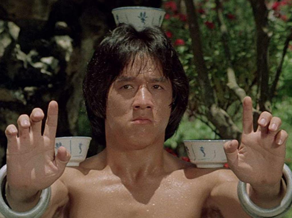 Kisah Kelam Jackie Chan, Aktor Legendaris Berharta US$ 350 Juta