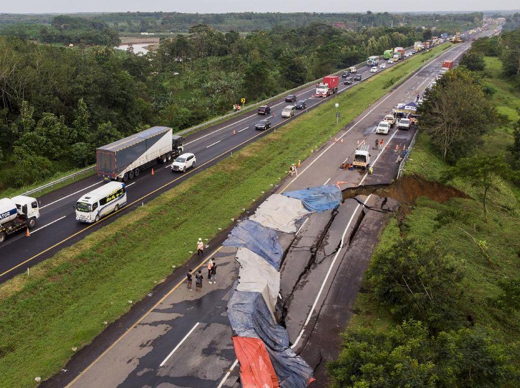 Tol Cipali yang Amblas Ditutup 1,5 Bulan, Pengiriman Paket Bisa Telat
