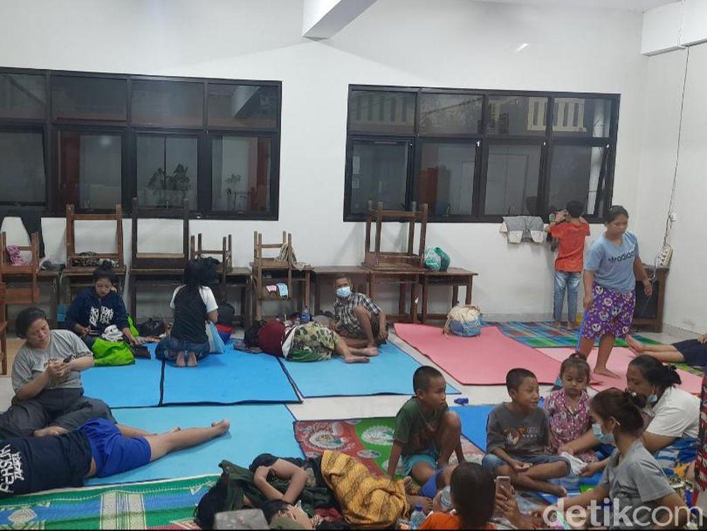 Pengungsi Banjir Kampung Melayu Juga Butuh Peralatan Bayi-Lansia