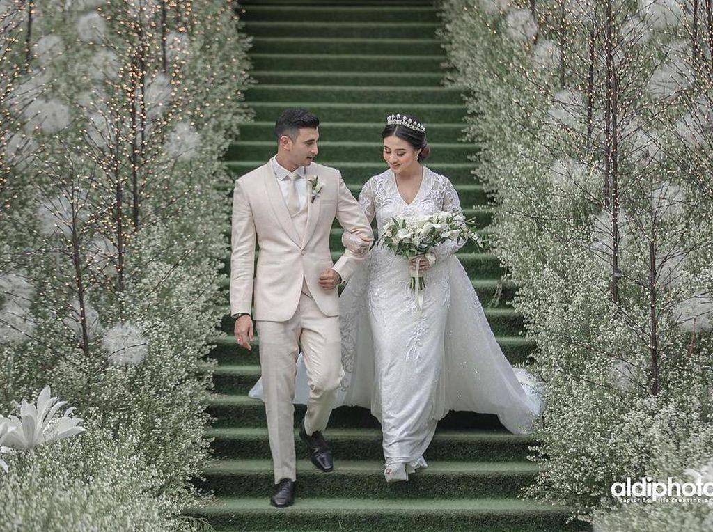 Ini yang Bikin Ali Syakieb dan Margin Mantap Menikah
