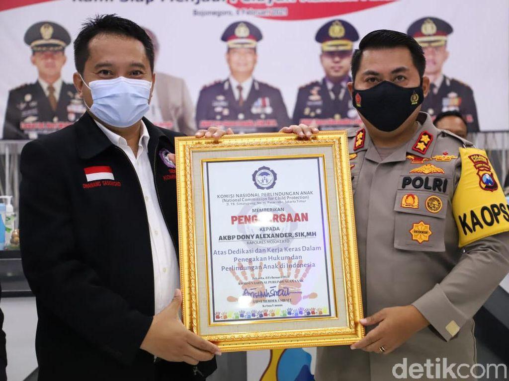 Aktif Tindak Kejahatan Anak, Polres Mojokerto Diganjar Penghargaan Komnas PA