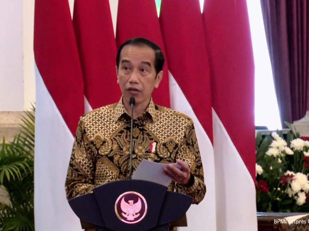 Andalkan TNI-Polri untuk PPKM Mikro Skala Desa, Ini Alasan Jokowi