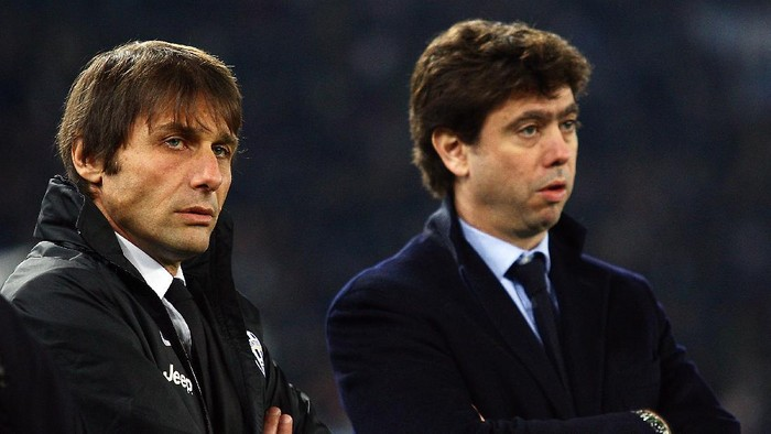 ROME, ITALY - JANUARY 29:  (L-R)Juventus FC head coach Antonio Conte and President Andrea Agnelli look on during the TIM cup match between S.S. Lazio and Juventus FC at Stadio Olimpico on January 29, 2013 in Rome, Italy.  (Photo by Paolo Bruno/Getty Images)