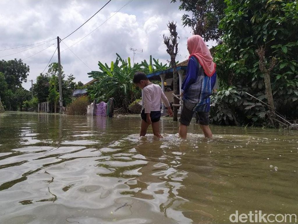 Sepekan Berlalu, Banjir di Jombang Masih Kepung 4 Desa