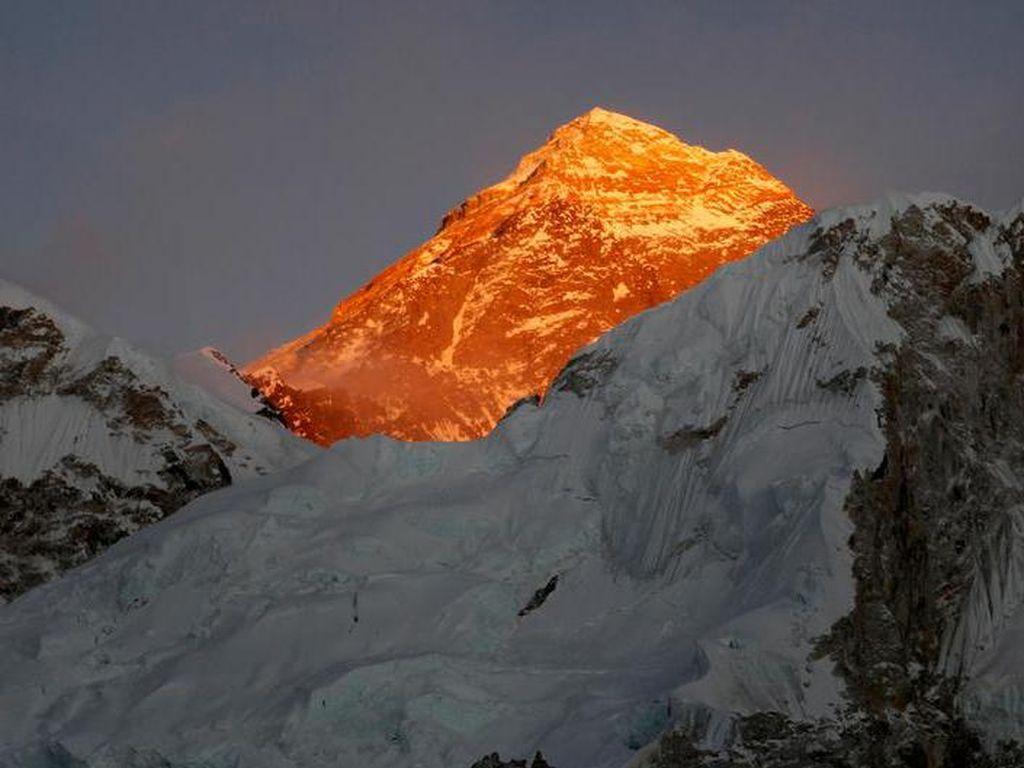 Destabilisasi Ekosistem Himalaya Ancam Sumber Minum Asia