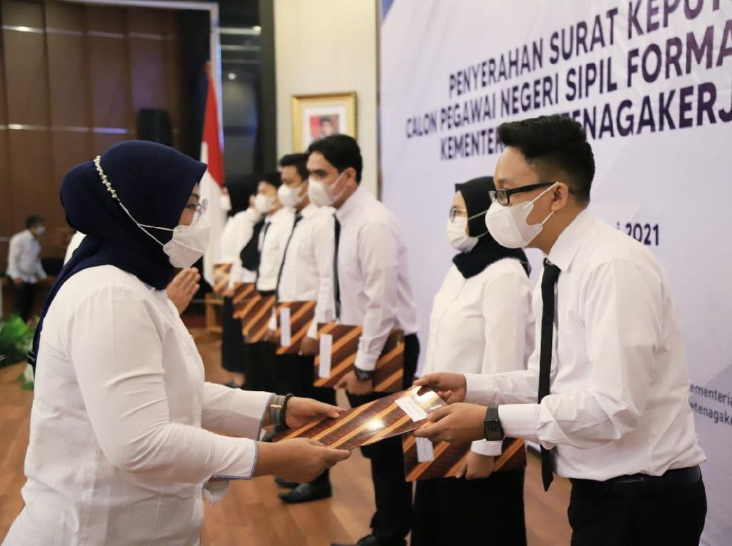 Menaker Ingatkan CPNS Kemnaker Kembangkan Bahasa Asing-Komunikasi