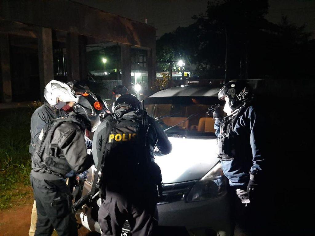Terlacak GPS, Mobil Rental Dicuri Berbulan-bulan Ditemukan Polisi di Depok