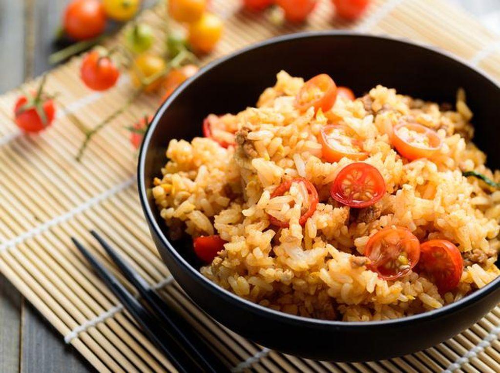 5 Kuliner Legendaris di Kawasan Vihara Hok Tek Bio