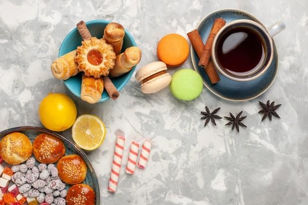 Kurangi makanan manis dan kafein