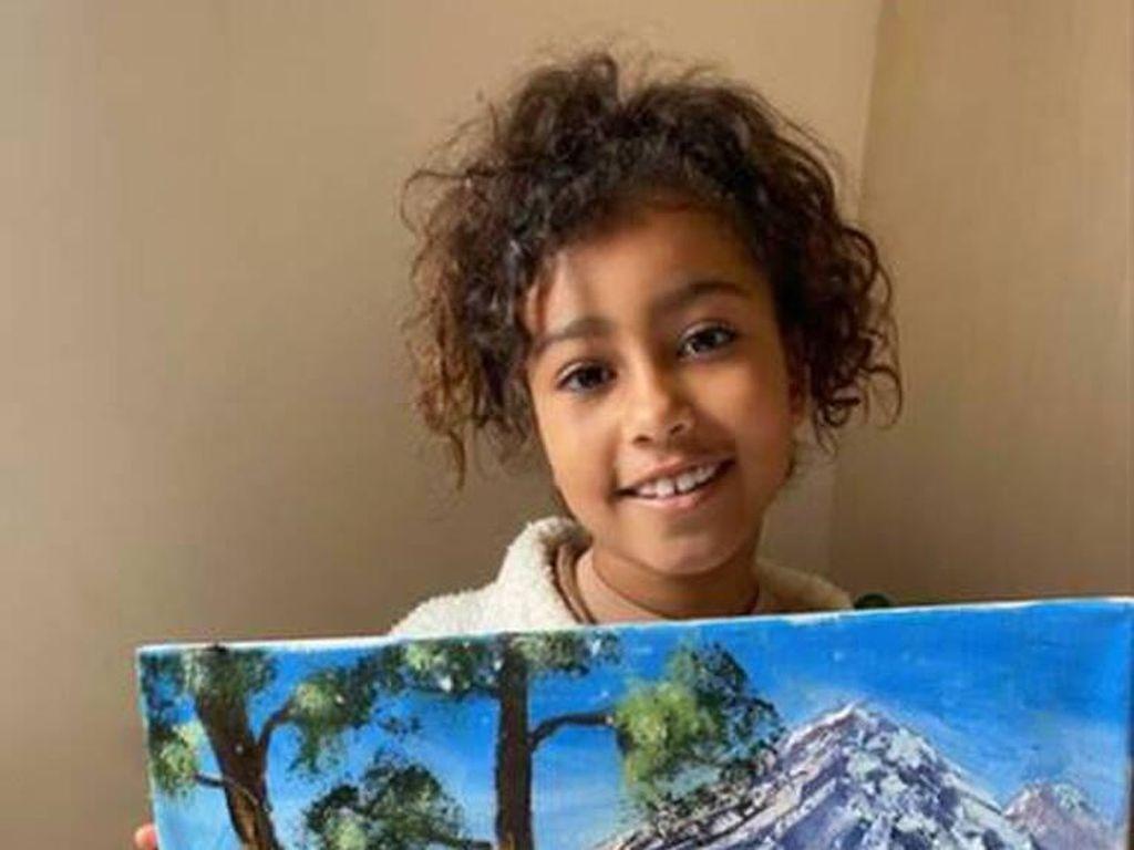 Kim Kardashian Ngamuk, Lukisan Karya North West Dihina