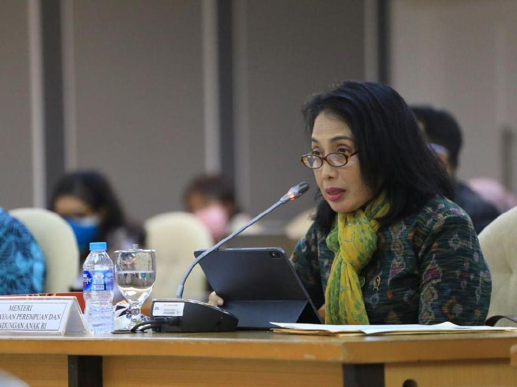 Menteri PPPA: Peran Orang Tua Tak Bisa Diganti Teknologi Secanggih Apa Pun