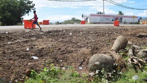 Penemuan nisan di lokasi proyek tol Aceh (dok. Istimewa)