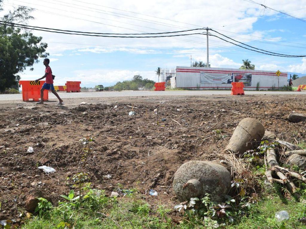 Nisan Diduga Peninggalan Era Kerajaan Ditemukan di Area Proyek Tol Aceh