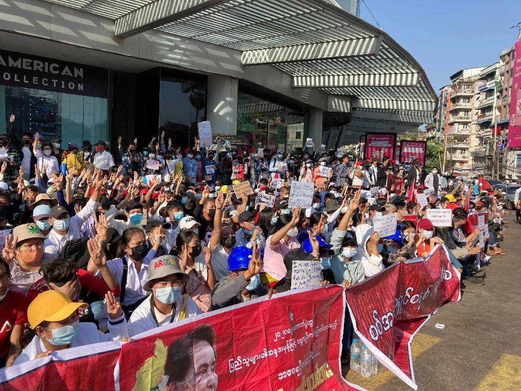 PBB: Sanksi ke Myanmar Harus Ditujukan ke Pemimpin Kudeta, Bukan Warga
