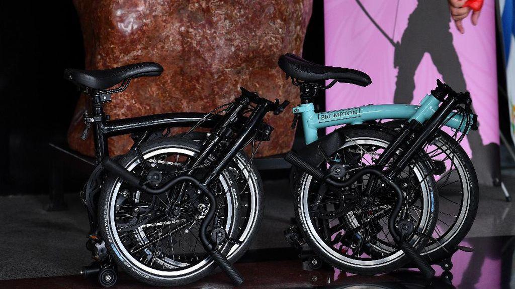 Penampakan Dua Sepeda Brompton Terkait Korupsi Bansos