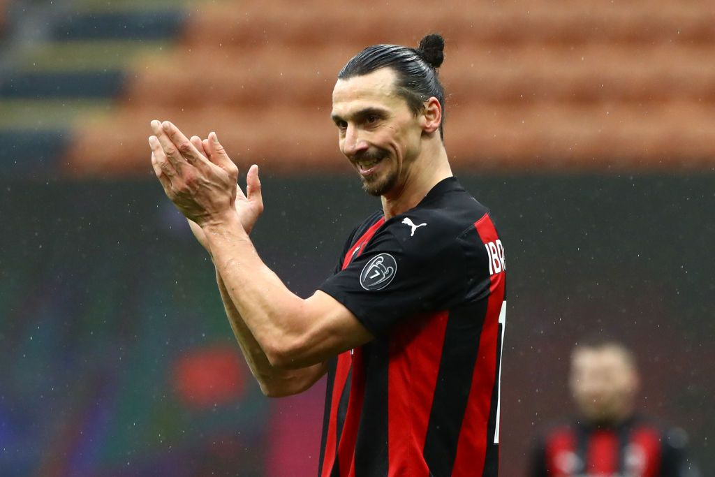 MILAN, ITALY - FEBRUARY 07: Zlatan Ibrahimovic of AC Milan applauds during the Serie A match between AC Milan and FC Crotone at Stadio Giuseppe Meazza on February 07, 2021 in Milan, Italy. Sporting stadiums around Italy remain under strict restrictions due to the Coronavirus Pandemic as Government social distancing laws prohibit fans inside venues resulting in games being played behind closed doors. (Photo by Marco Luzzani/Getty Images)