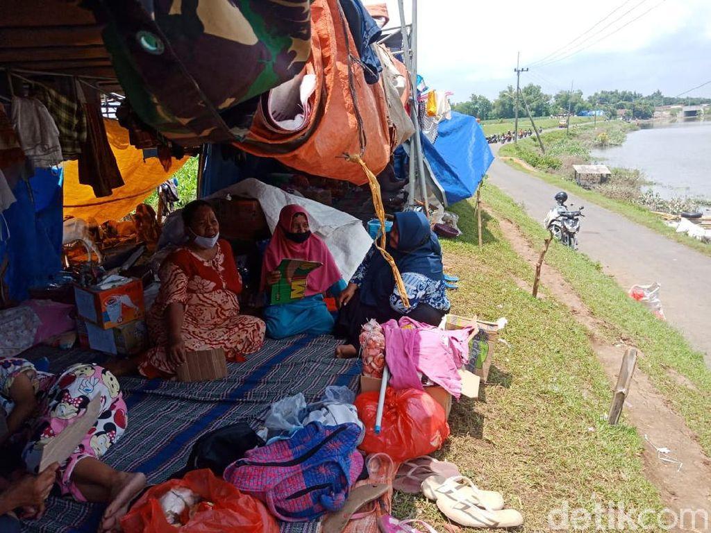 Derita Pengungsi Imbas Banjir 8 Hari Tak Kunjung Surut di Jombang