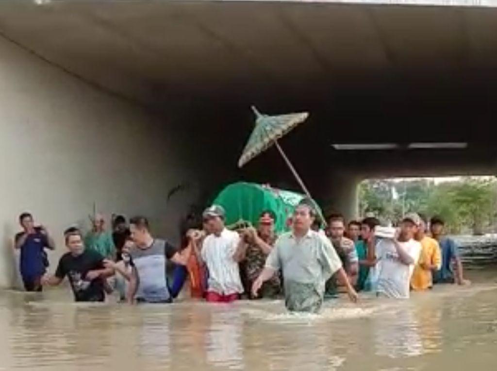 Bukan Sehari Dua Hari, Banjir di Jombang Merendam Hingga 15 Hari