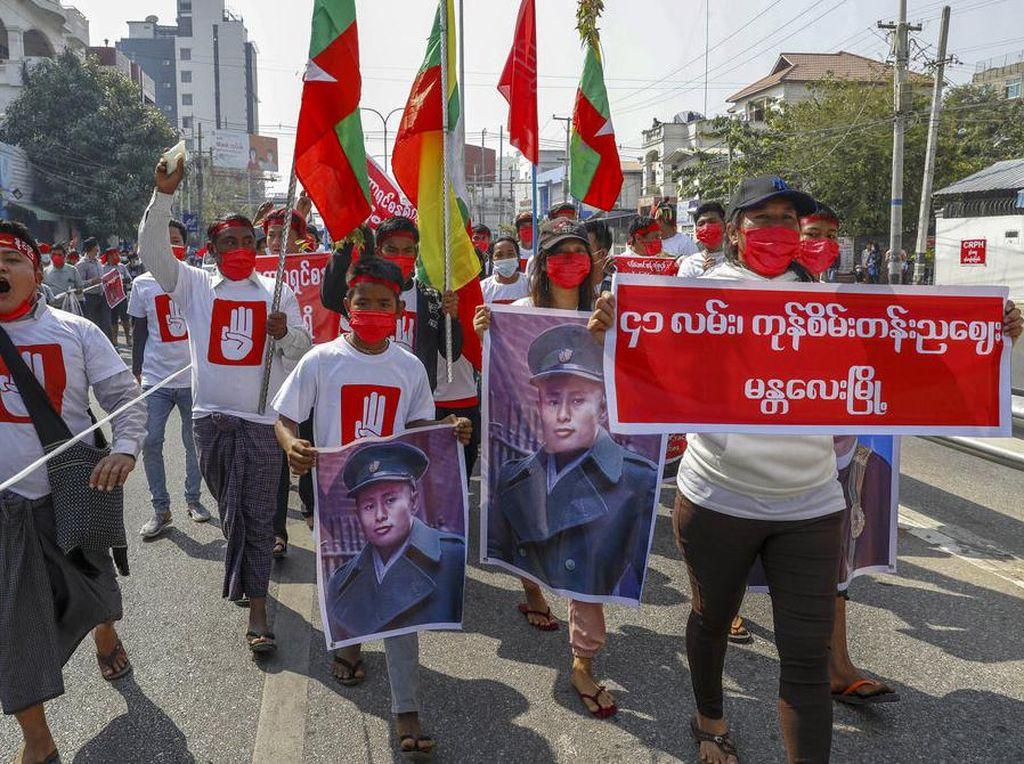 Pengunjuk Rasa di Myanmar Minta PBB Turun Tangan