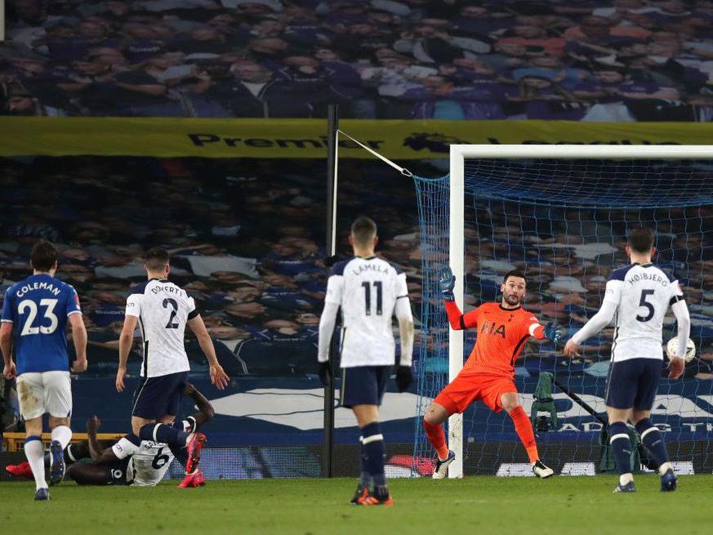 Tottenham Disingkirkan Everton, Hugo Lloris Letoy!