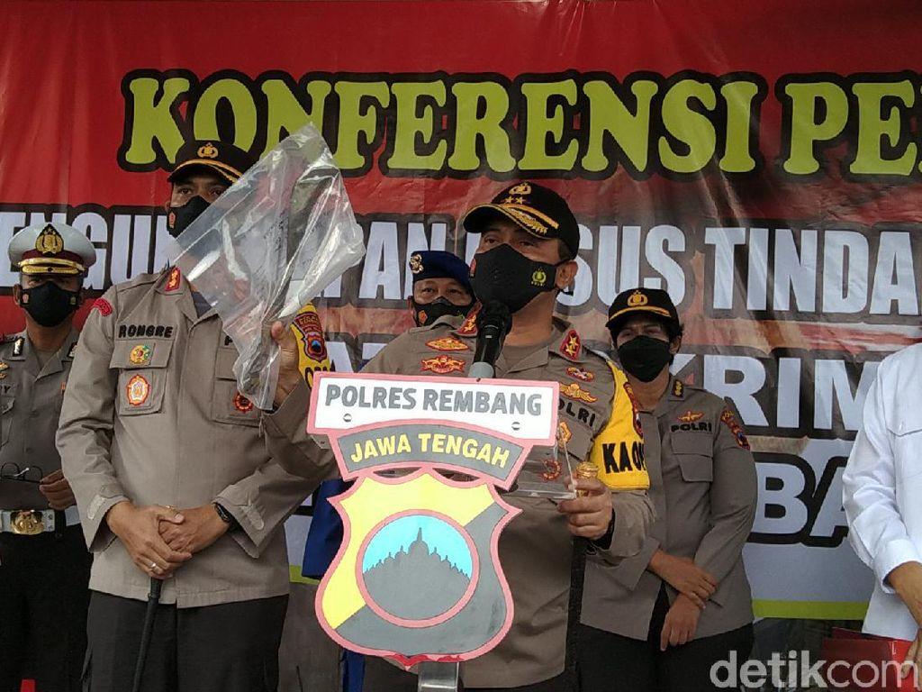 Arit-Cincin Berdarah Jadi Bukti Pembunuhan 4 Orang Sekeluarga di Rembang