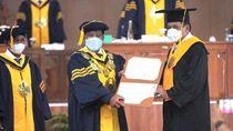 Nurdin Halid Dapat Gelar Doktor Honoris Causa dari Unnes