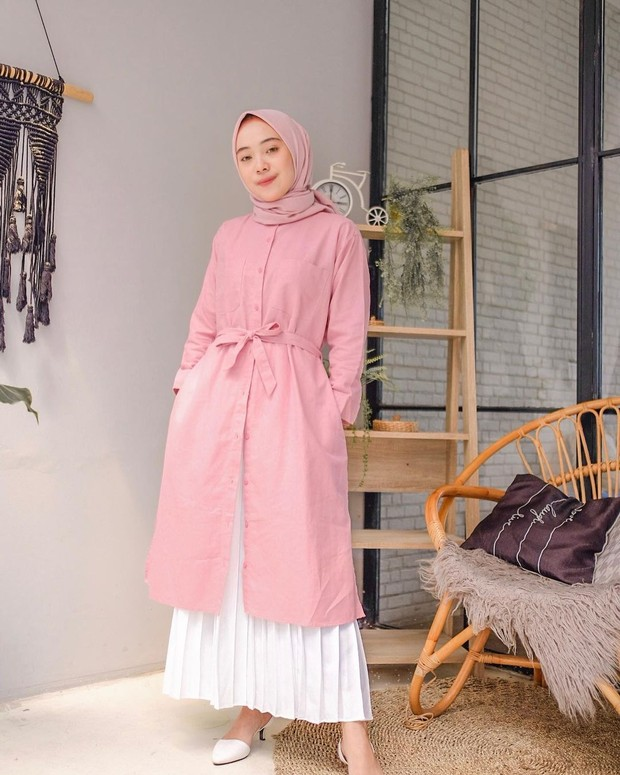 OOTD hijab tunik belt dan rok plisket