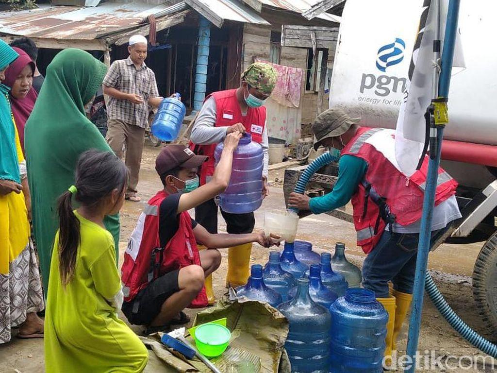 161 Desa di Hulu Sungai Tengah Kalsel Masih Banjir, Warga Krisis Air Bersih