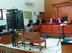 Ahli Bahasa Nilai Cuitan Syahganda Picu Demo Ricuh Omnibus Law