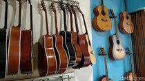 Gitar Lokal Palu Gada RMG Bermimpi Tembus Pasar Dunia