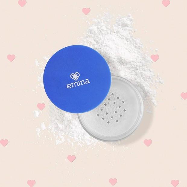 https://editorial.femaledaily.com/blog/2019/08/11/kenali-lebih-jauh-perbedaan-emina-loose-powder/