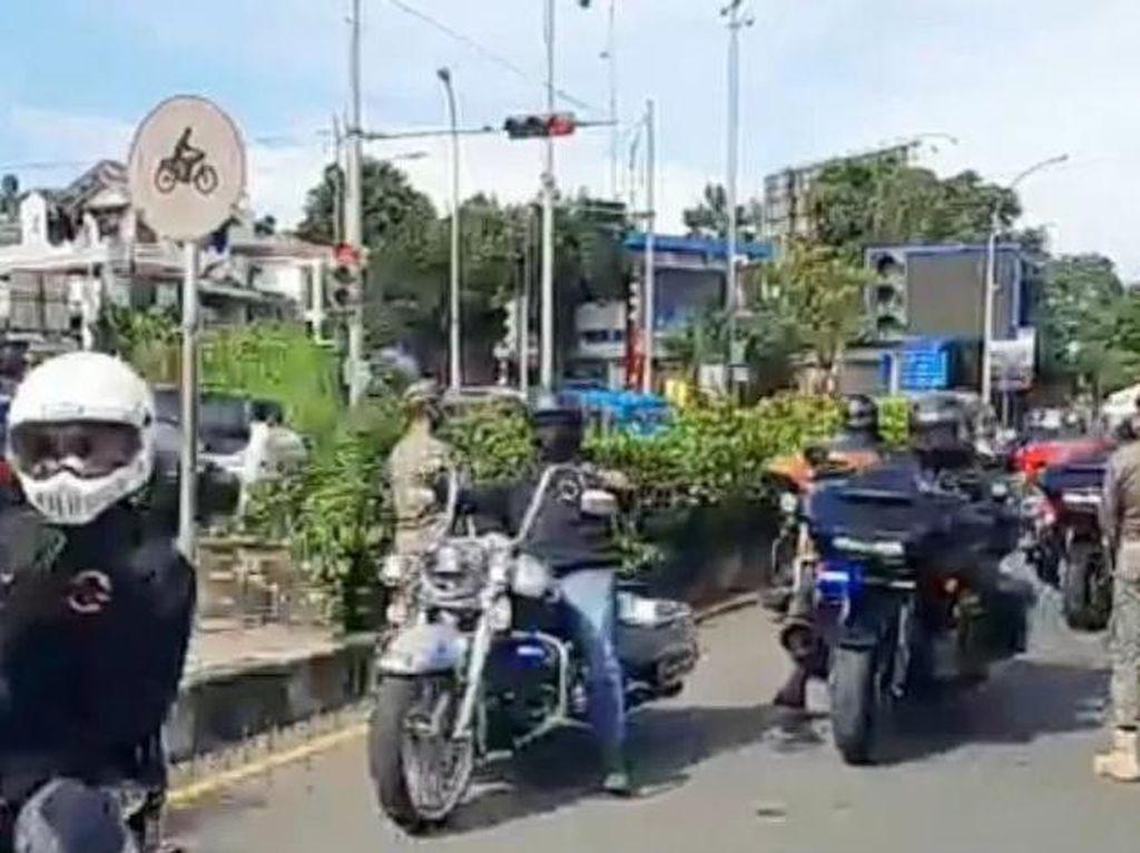 Duh! Konvoi Moge Dikawal Polisi Lolos Pemeriksaan Ganjil-genap di Bogor