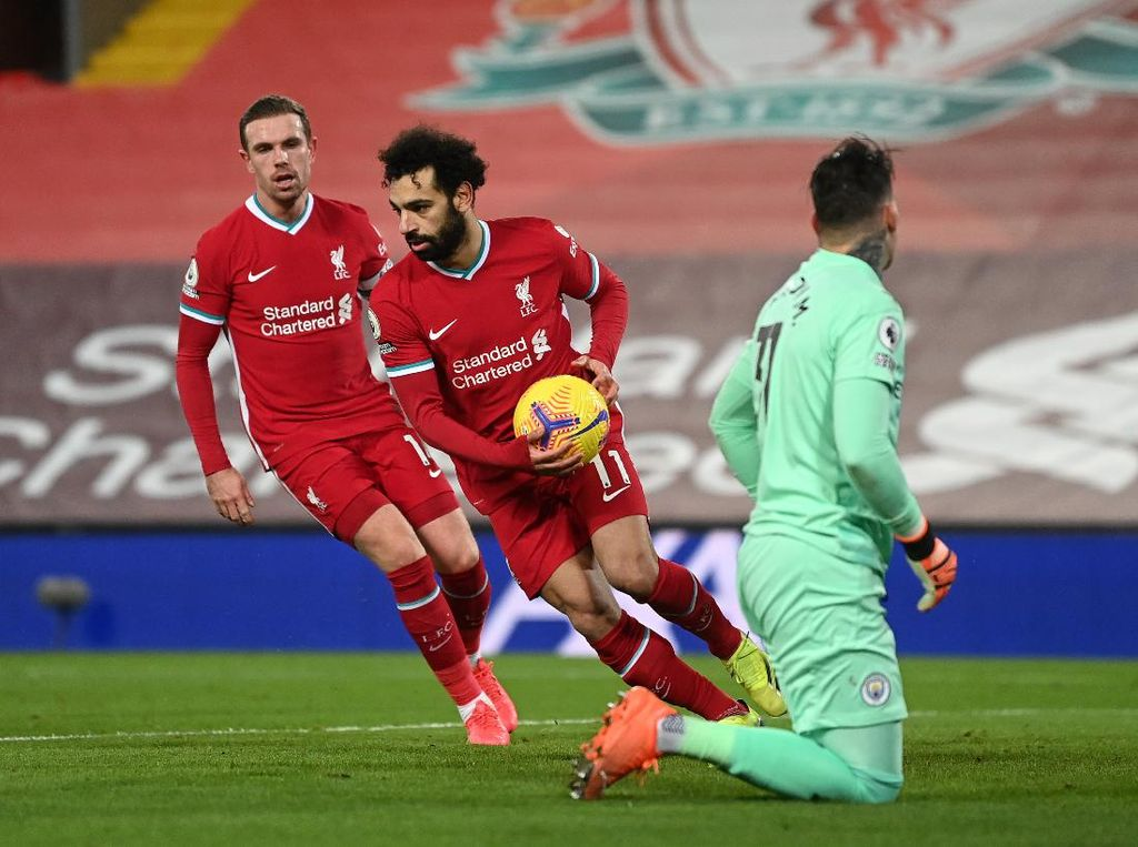 Top Skor Liga Inggris: Mohamed Salah Ditempel Bruno Fernandes