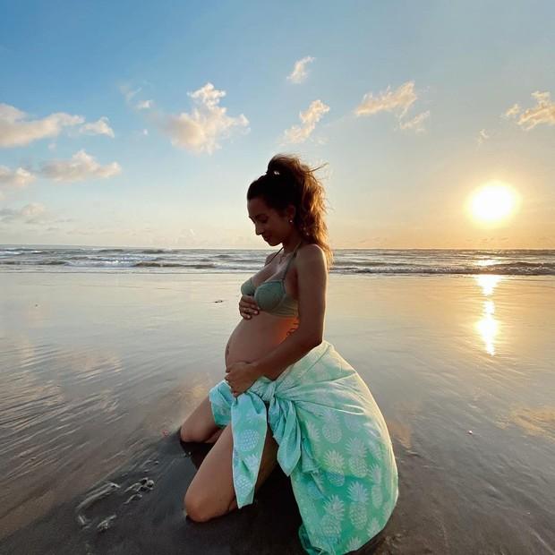 Potret Jennifer Bachdim saat kehamilannya.