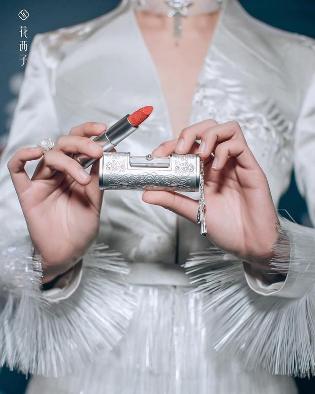 kemasan lipstik