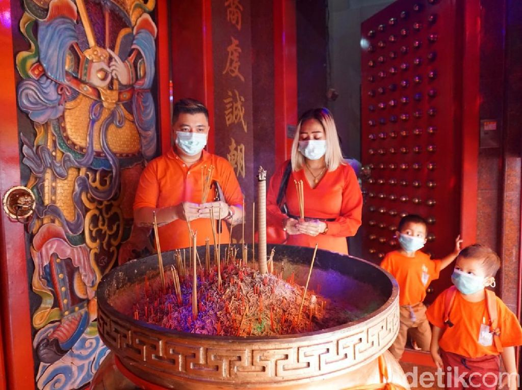 Imlek di Makassar, Kelenteng Xian Ma Batasi Jumlah Warga Datang Ibadah