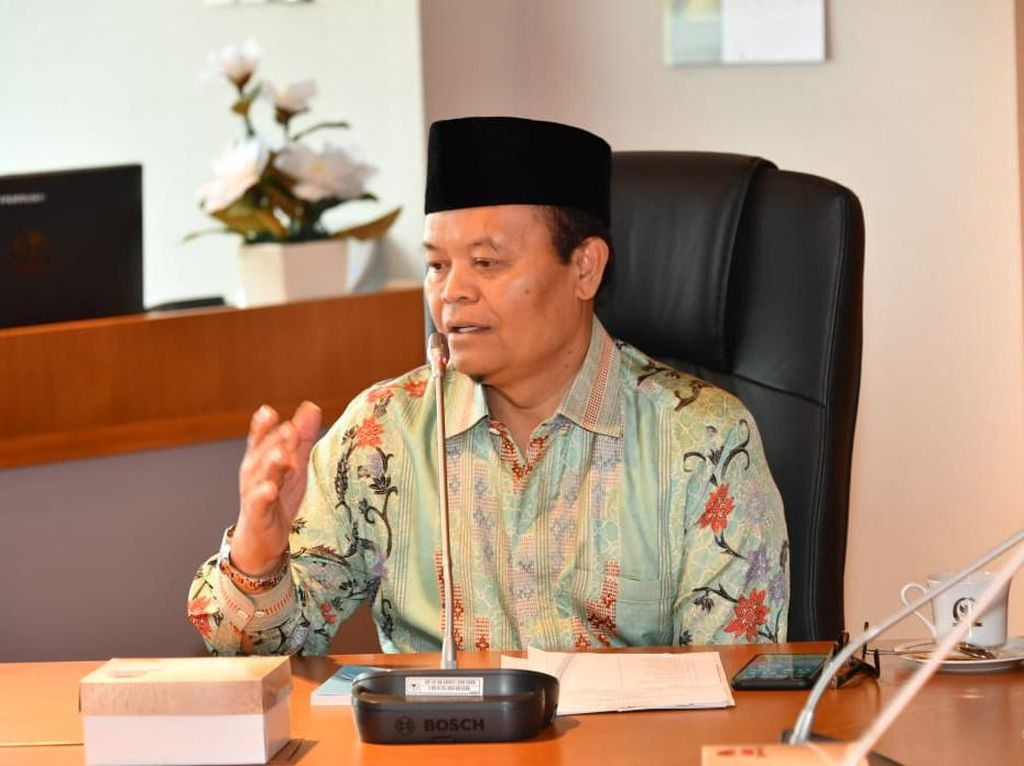 Soal SKB 3 Menteri, HNW: Seharusnya Libatkan DPR dan Gunakan UU