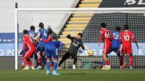 Leicester Hantam Liverpool 3-1, Alisson Blunder