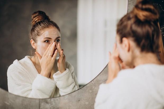 Meningkatkan penyembuhan kulit, allantoin juga telah dikenal sebagai bahan yang dapat membantu menenangkan kulit yang terluka