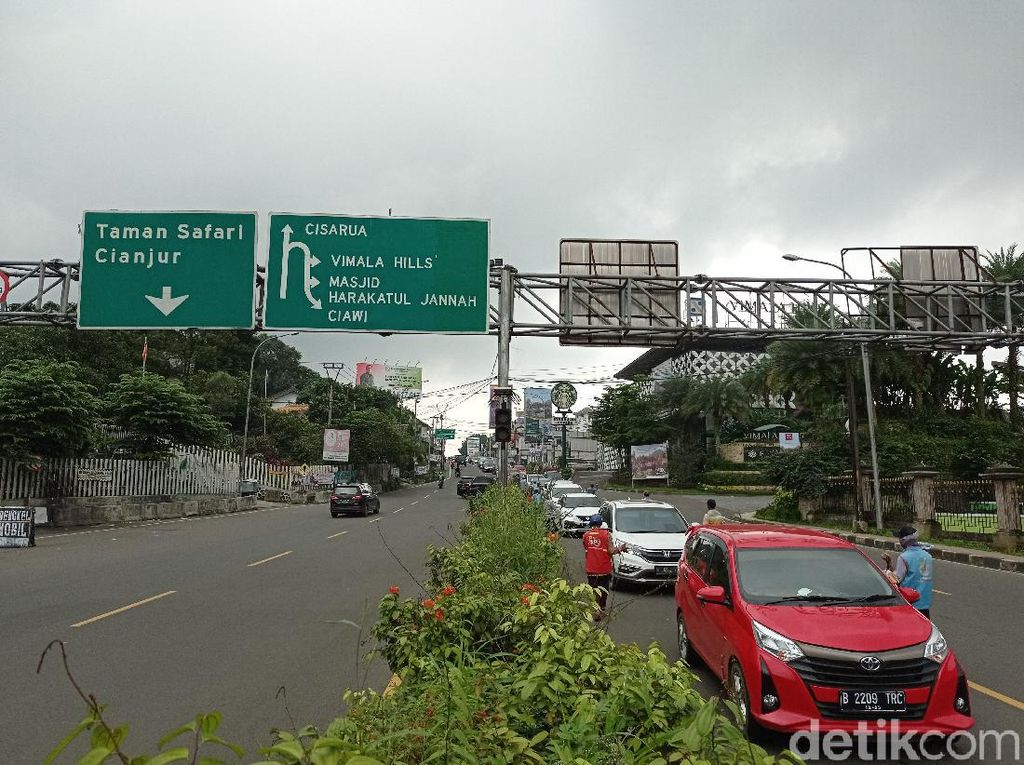 Hari Terakhir Libur Imlek, Jalur Puncak Arah Jakarta Mulai Padat Siang Ini