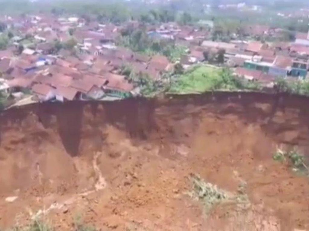 Relokasi Korban Longsor di Cilawu, Pemkab Garut Siapkan Rp 8 M