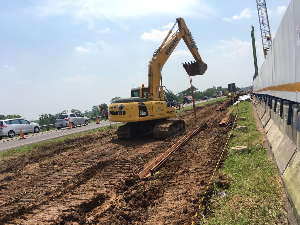 Jalan Ambles di Km 122 Tol Cipali Diperbaiki, Pengerjaan Sudah Capai 10%