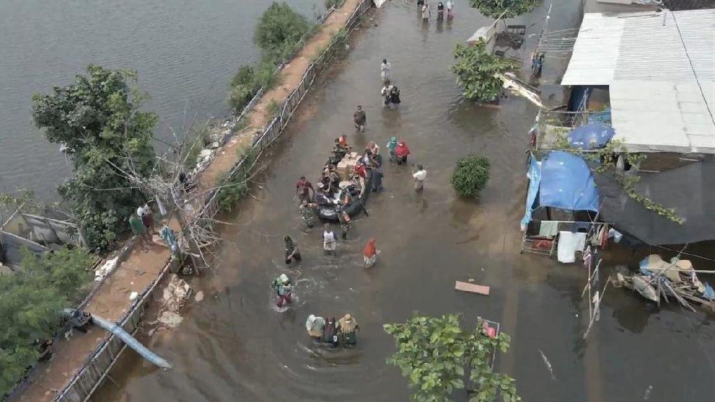 Ribuan Warga Masih Mengungsi, Begini Kondisi Banjir di Pekalongan