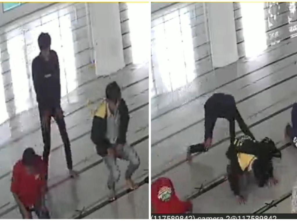 Aksi Pencurian HP di Masjid Palabuhanratu Sukabumi Terekam CCTV