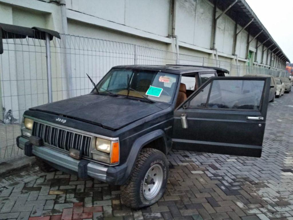 Bea Cukai Lelang Mobil Jeep dan Dodge, Harganya Mulai Rp 13 Juta