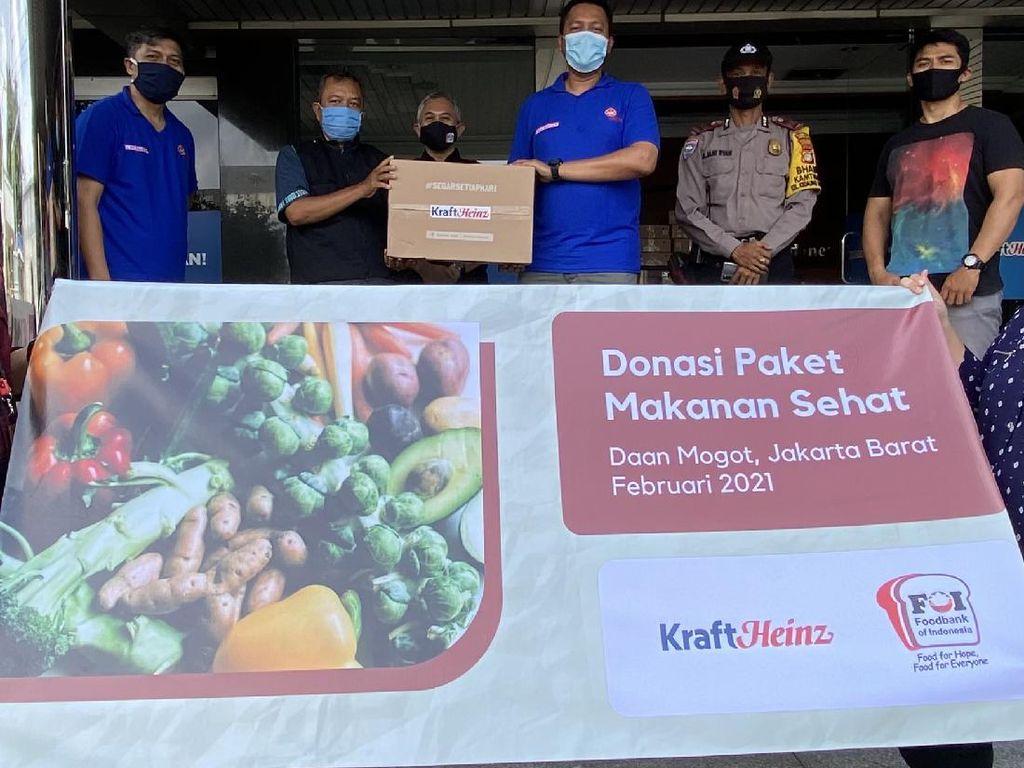 Heinz ABC Bagikan 2.000 Box Paket Makanan Sehat ke 14.000 Penerima