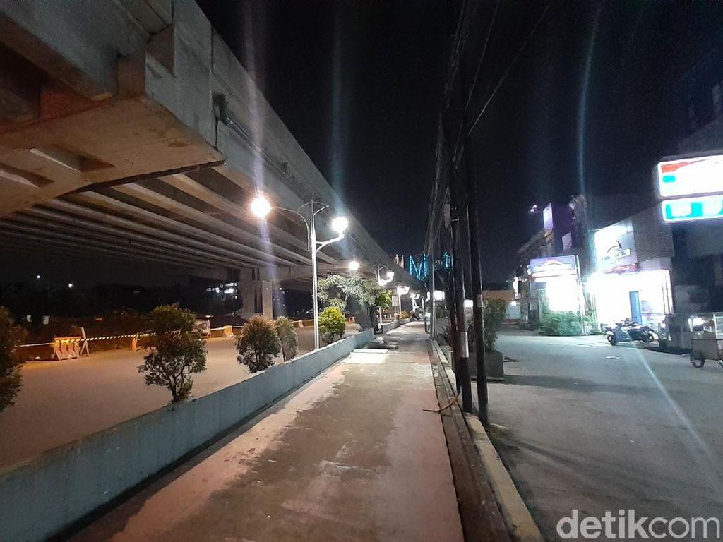 Lampu Jalan Selesai Diperbaiki, Jl KH Noer Ali Kayuringin Kini Terang